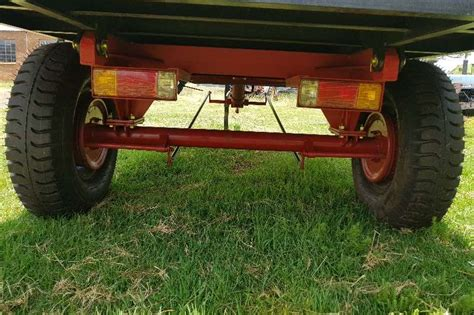 Sale Ag Saw Maxy 55 000 new 5 ton tip trailer with brakes and backlights tipper