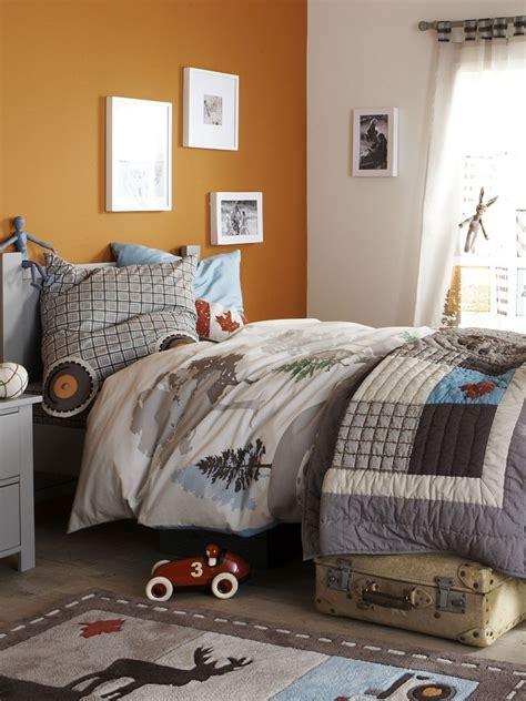 rénovation chambre à coucher chambre taupe et