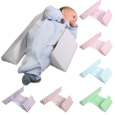 Can Newborn Sleep On Pillow by Baby Baby Side Sleep Pillow Newborn Positioning