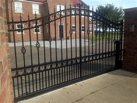 wrought iron sliding gate manufactured and automated