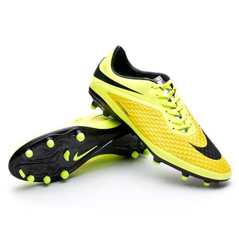 imagenes nike hypervenom boot nike hypervenom phelon fg vibrant yellow volt ice