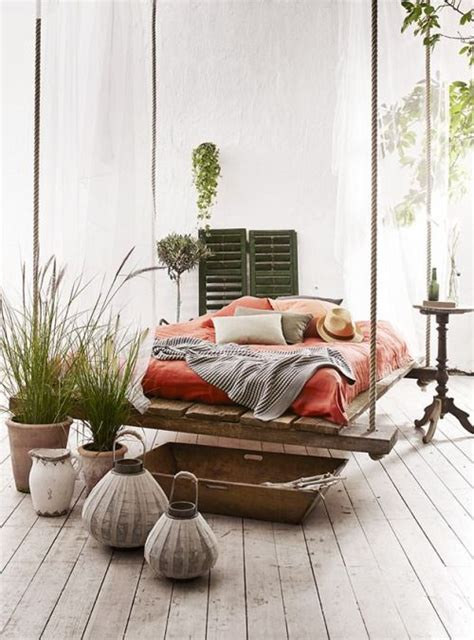 hanging pallet bed 20 comfortable hanging beds for ultimate relaxation