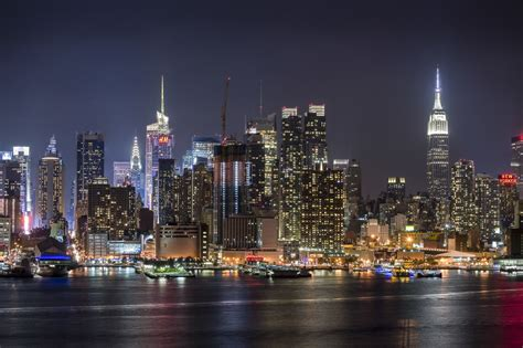 themes of new york city come and see why they call new york the city that never