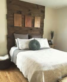 homemade headboards 25 best ideas about barn wood headboard on pinterest