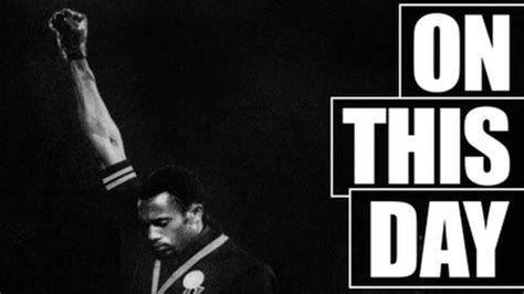 black salute archive tommie smith makes a black power salute at