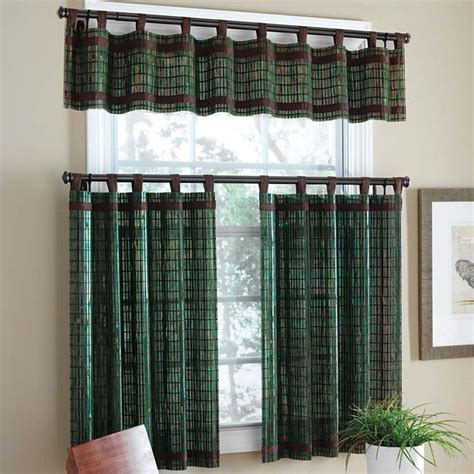 Plaid Curtains For Living Room Plaid Green Curtains Windows Design In Small Living Room Homeowner Fotograf Pinterest