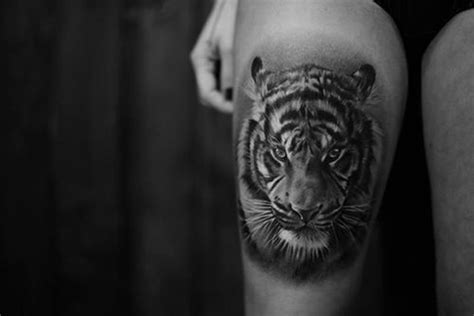tiger thigh tattoos 24 cool tiger tattoos desiznworld