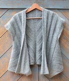 Laris Abstrak Sweater Big Makasar 1000 ideas about knit vest pattern on vest pattern knit vest and free knitting