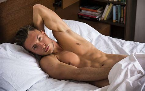 Why A Perfect Body Won T Help You Find Love Gayety