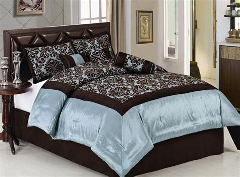 powder blue comforter 29 best images about bed comforters on pinterest