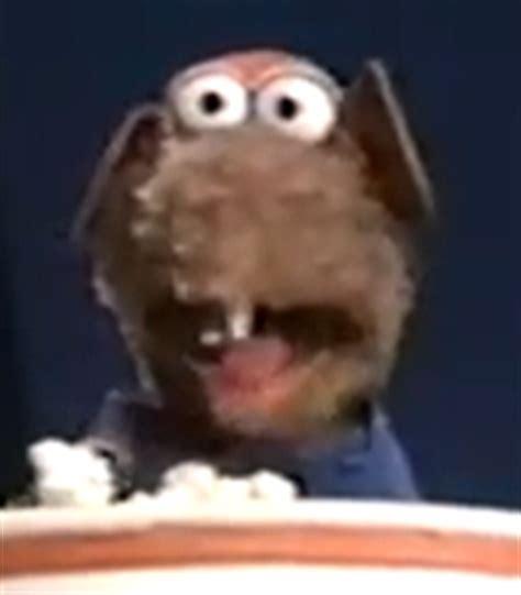 rizzo  rat voice muppet classic theater    voice actors