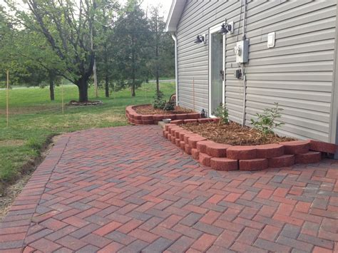 Build Paver Patio Newlywed Nesters Diy Paver Patio