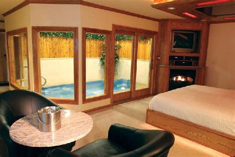 sybaris rooms sybaris downers grove picture of sybaris downers grove downers grove tripadvisor