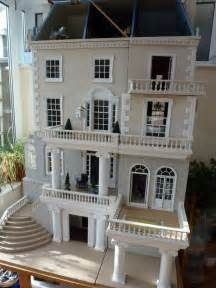 Bookcase Barbie House 25 Best Ideas About Doll Houses On Pinterest Doll House