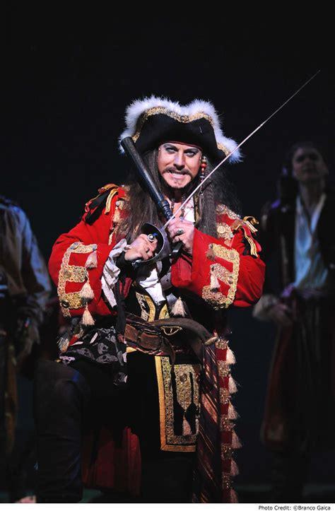 The Pirate King opera the of penzance altmedia