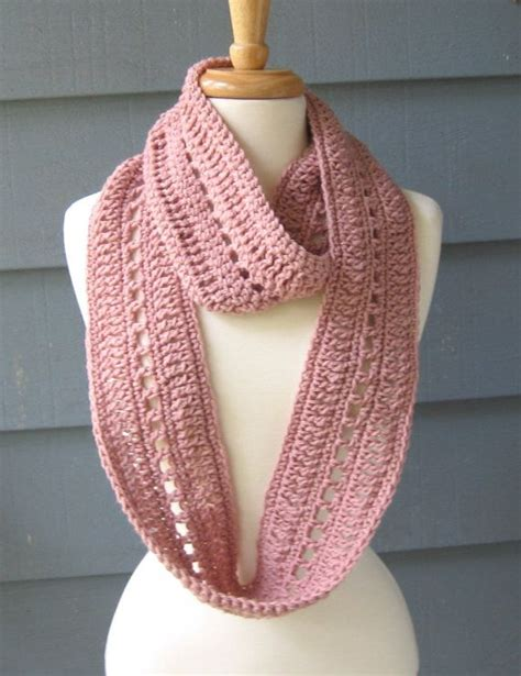 free crochet patterns for infinity scarves best 20 crochet infinity scarves ideas on