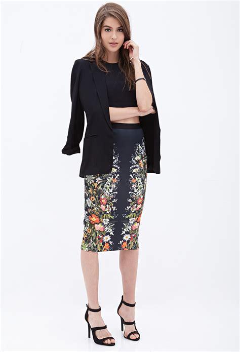 Forever 21 Flower Skirt forever 21 mirrored floral pencil skirt in black lyst
