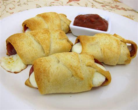 crescent roll recipes crescent pepperoni roll ups plain chicken