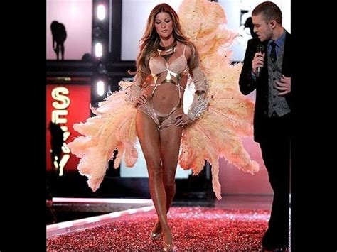 Justin Timberlake Brings Sexyback To The Victorias Secret Catwalk by Justin Timberlake Quot Back Quot Live S Secret