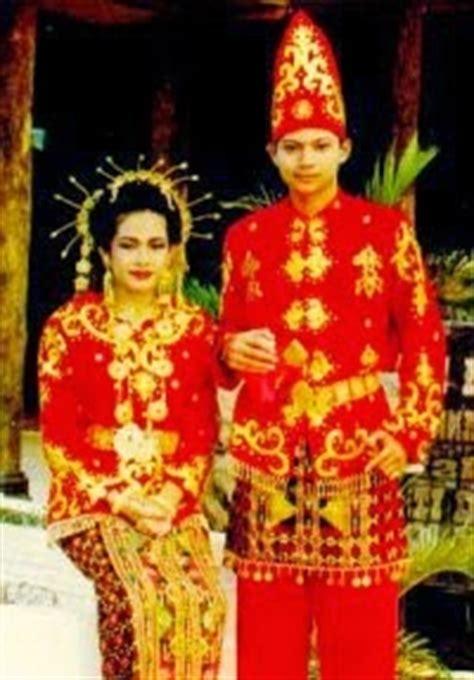 Nama Baju Daerah Sulawesi gambar dan nama pakaian adat tradisional dari 33 provinsi di indonesia tasik cyber