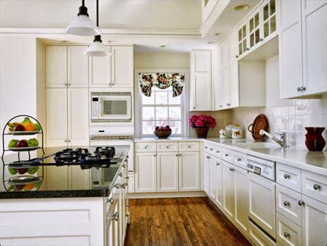desain dapur warna putih rumah minimalis dapur warna putih