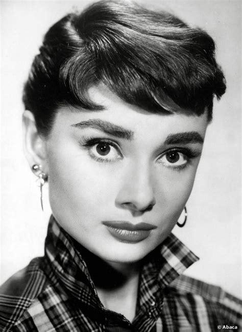 pictures of Audrey Hepburn   Lisa's History Room