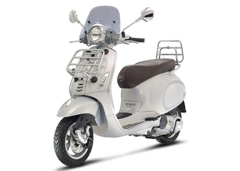 vespa primavera 125 abs screen and luggage racks rescogs