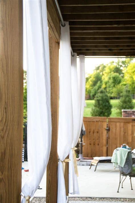 Rideaux Pergola by Pergola En Bois Avec Rideaux 50 Id 233 Es Cools Pour Le Jardin