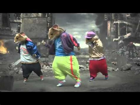 party rock anthem mouse commercial lmfao kia soul hamster commercial hd everyday i m shuffling party rock anthem 2011 youtube