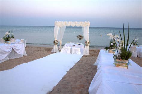 ufficio matrimoni comune di napoli riccione matrimoni in spiaggia il comune approva il