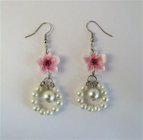 fior di giuggiola orecchini con fiori di pesco gioielli orecchini di