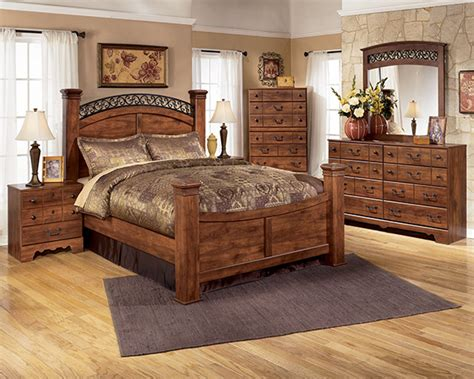 lowest price bedroom sets timberline 4 piece poster bedroom set in cherry lowest