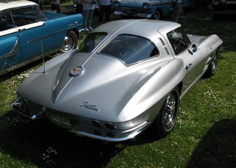 1963 chevrolet corvette split window file 1963 chevrolet corvette split window jpg