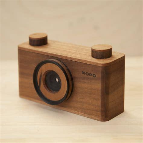 wooden pinhole handcraft wooden pinhole cameras fubiz media