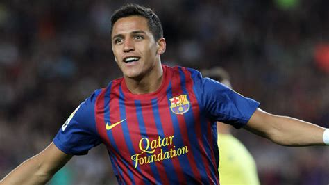 alexis sanchez on barcelona gifolution alexis sanchez from udinese to barcelona to