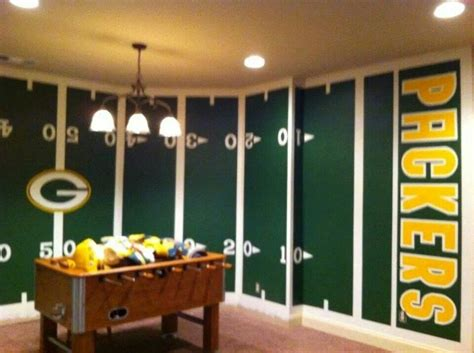 green bay packers bedroom 1000 images about green bay packers rooms wo man caves