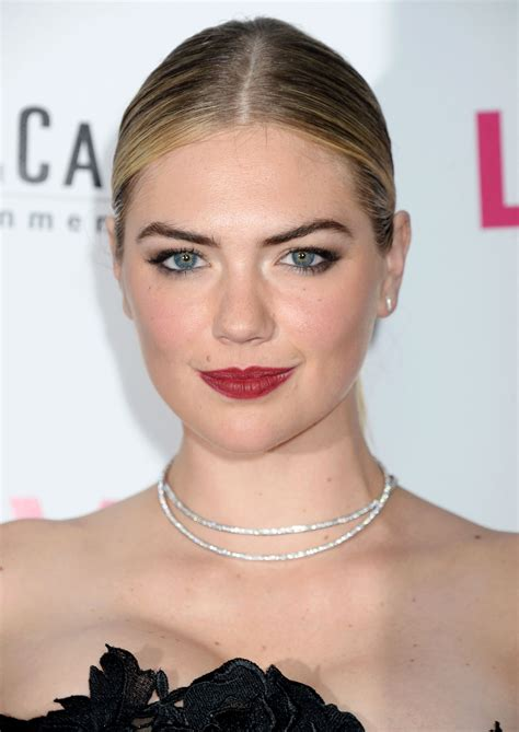the layover kate upton quot the layover quot premiere in los angeles