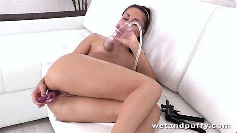 Milf Brunettes Orgasm From Hot Toy Fuck Xnxx