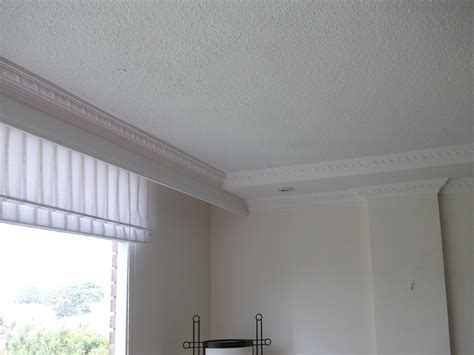 cornisas que es cortinero y cornisa decoracion de interiores con yesos