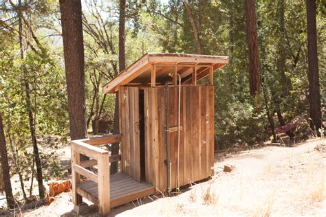 camp area cabins showers bathrooms emandal