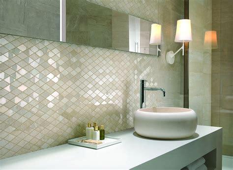 piastrelle bianche lucide piastrelle rivestimenti d effetto a parete cose di casa