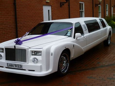 best limousine cars 25 best ideas about prom limo on prom