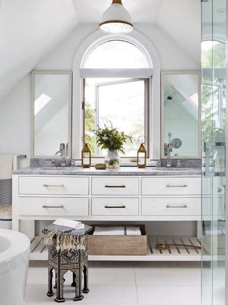 Modern Cottage Bathroom by Best 25 Modern Cottage Bathrooms Ideas On