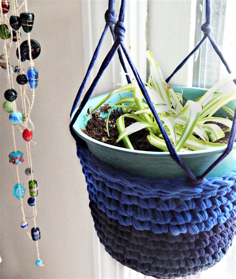 How To Make Plant Hangers Out Of Yarn - partial shades t shirt yarn plant hanger morale fiber