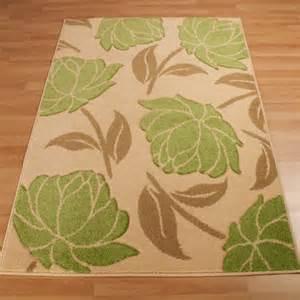 green flower rug rosalie green floral rug from rugshop uk