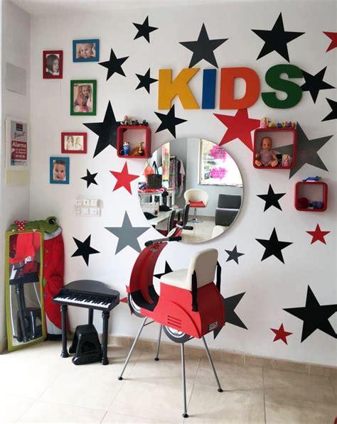 sillas peluqueria infantil zona peques en eliteaye peluquer 237 a unisex con la silla