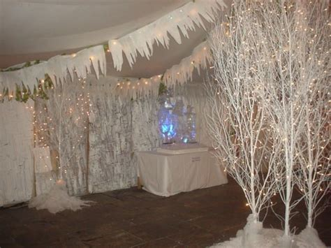 25 best ideas about winter party decorations on pinterest
