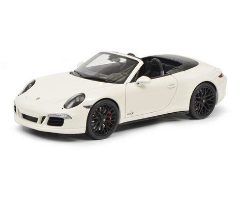 porsche 911 gts white porsche 911 gts cabriolet white 1 18 edition 1
