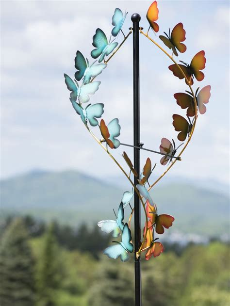 Wind Spinners For Garden by 25 Unique Wind Spinners Ideas On Garden Wind
