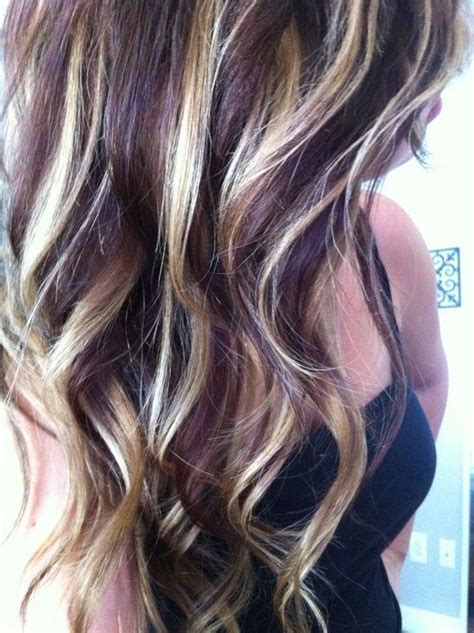 hairstyles with blonde and purple highlights 25 best ideas about dark purple highlights on pinterest